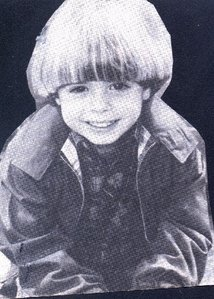 A black & White pic of Matthew Lawrence at age 6. So adorable!! <33