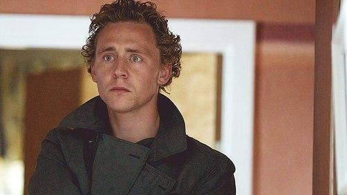 Tom))