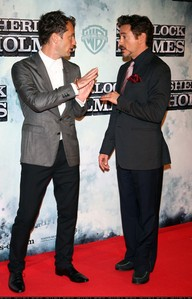 Robert with Jude Law at the Sherlock Holmes photocall. :)
