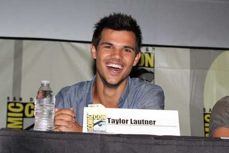 My Taylor Daniel Lautner! :D