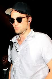 here is my Robert Pattinson<3