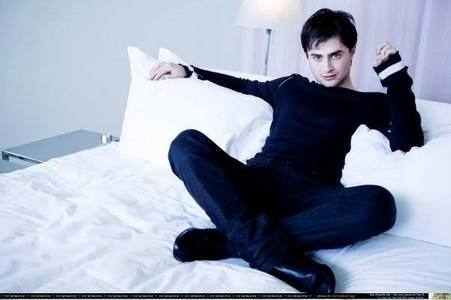 Yes, I have a bad one. On Daniel Radcliffe. Ever since I saw him in the 4th Harry Potter, but еще или less when he was in that play Equus, he was so gorgeous. He still is. I must be crazy to be having a crush on a guy who I'll probably never meet. I mean, I would like to meet him, in person and to go out with him and everything but sadly, I know it'll never happen.
