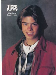 Young Matthew Lawrence smiling. <333