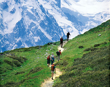Mountain hiking in the Swiss Alps ~<3~