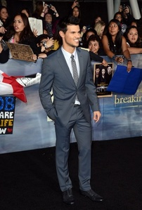 My Taylor Daniel Lautner @ the Premire of Breaking Dawn Part 2 in LA