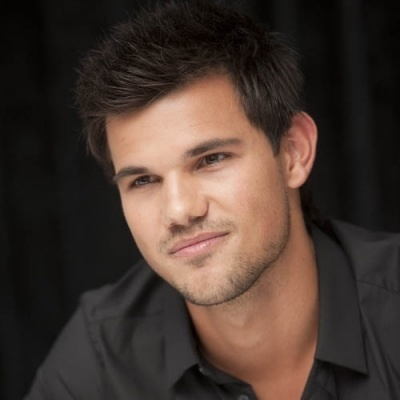 Here's my sexy Taylor Daniel Lautner! :D