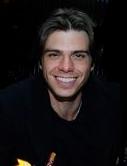 Pretty boy, Matthew smiling at us!! :)
