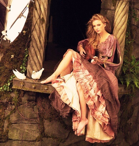 disney rapunzel Taylor swift