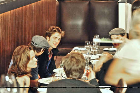 here is my Robert with some of his Twilight co-stars in Vancouver at one of the local bistro/restaurants<3