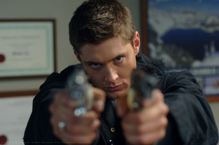 """Jensen in Supernatural, episode """"Croatoan"""" (why one when आप can have two ;))"""