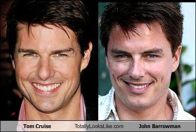 John Barrowman apparently looks like Tom Cruise...I dont think they look as much as people are saying. Some pictures yeah like this one but thats when Johns not at this bed. Tom Cruise is UGLY, while John isnt :/