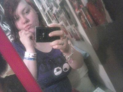 K this is me srry only good pic i have.