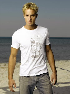 """Justin in a white tee (promo pic for """"Aquaman"""")"""