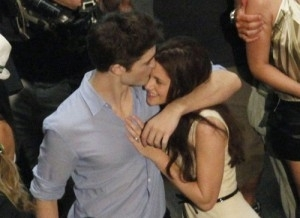 here is a very sweet pic of Kristen touching my Robert's chest,during filming BD<3
