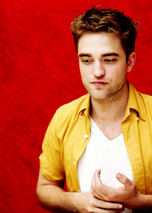 this pic of my Robert is from tumblr<3