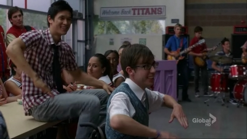 Sorry I couldn't pick just one, some days I prefer Artie, some days I prefer Mike, some days I prefer Blaine but today I'm between them <3