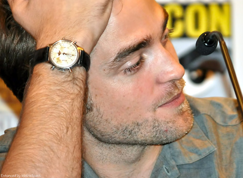 my Robert wearing a watch.I will cinta anda until the end of time,Robert<3