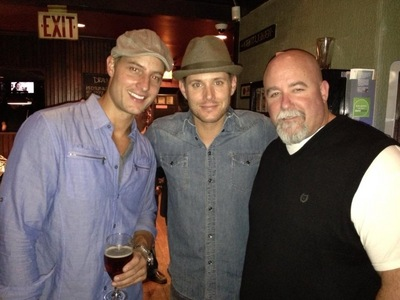 Mine are: 1. Justin Hartley 2. Jensen Ackles 3. Christian Kane 4. Hugh Jackman 5. Misha Collins pic below are Justin and Jensen with Jensen's bodyguard