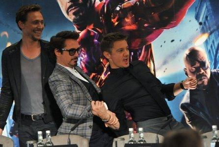 MIne (knid of in order) 1) RDJ 2)Jeremy Renner 3)Tom Hiddleston 4)Neil PAtrick Harris 5)Chris Hemswoth