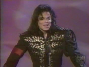 I like this one because that military jas looked so nice on him, which he wore at the Jackson Family Honors awards ceremony in Las Vegas back in 1994