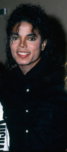 """people are always going to hate on mj, thats just how its going to be. The way i have learned to deal with it, is i just tell them, """"Thats your opinion"""" and i just go on about my busniess. Because that what mj would want us to do. Mj never gave his haters a segundo thought, we as his fans should do the same. I hope this helped :) <3"""