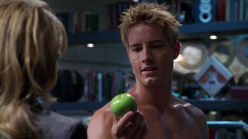 """Justin, revising the old biblical theme of Eve tempting Adam with an 林檎, アップル (from """"Wither""""; 愛 that scene <333)"""