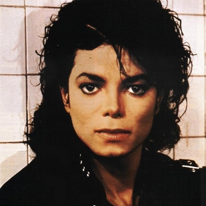 MICHAEL is my idol. He is so beautiful and talented. HATERS GONNA HATE