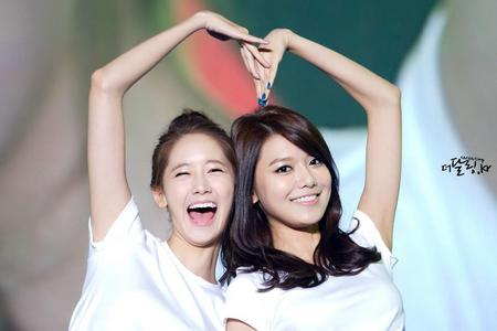 sooyoung and yoona soona <3