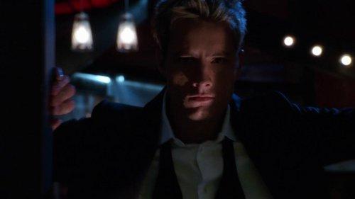 "my hottie opening his Green Arrow chamber in ""Rage"""