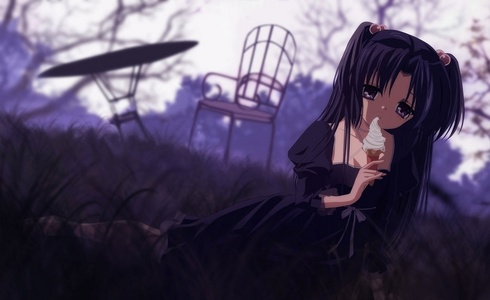 Kotomi Ichinose from CLANNAD have a somewhat similar fashion style.