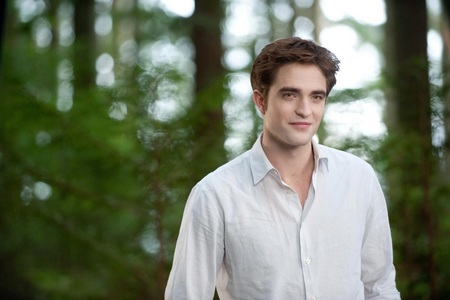 my sexy,gorgeous Angel Robert wearing a plain white shati from BD 2(he looks ANYTHING but plain)<3