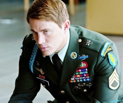 Channing Tatum dressed in army fatigues, fatigue