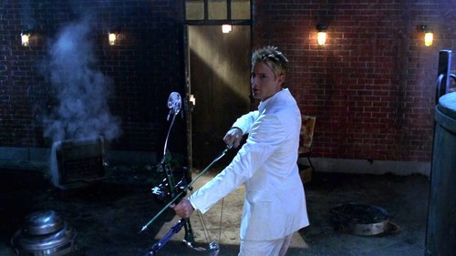 """My hottie all in white in his very first """"Smallville"""" episode *melting with a sigh*"""