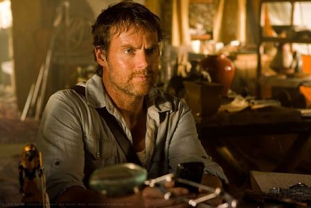 """OOPS! sorry, guess I didn't understand the vraag the right way (thx for explaining, y'all!) Ok, seconde try: Michael Shanks, who went from cute to absolutely hot in a bit meer than ten years (pic is from """"Smallville"""", episode """"Shield"""")"""