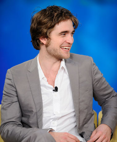 here is my Robert in a light grey colored jacket,when he appeared on The View to promote Remember Me<3