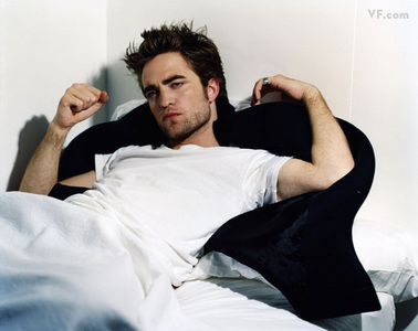 this oh so hot pic of my Robert is from a Vanity Fair magazine photoshoot<3