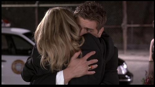 Rachel McAdams arms around Matthew. <333333