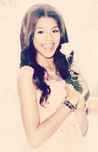 zendaya coleman!, she is just so pretty, kind, talentful and funny, she's my bias =) (she looks like an angel)