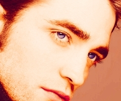 I love my Robert's eyes,they are just so beautiful and soulful(and blue like mine)<3