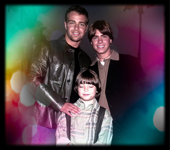 Matthew and his brothers in a beautiful background. <333