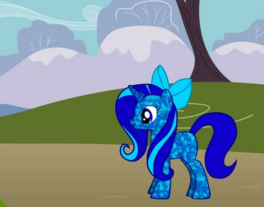name: tulipa Hobby: gardening cutiemark: a tulipa nickname: T personality: shy, quiet and nice (a bit like fluttershy)