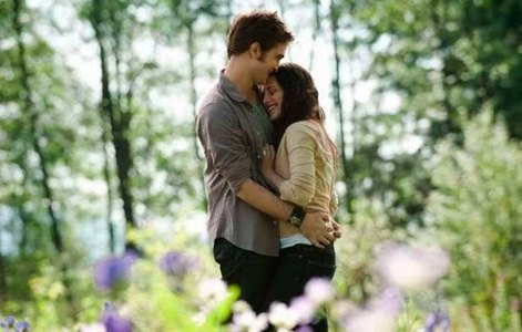 my Robert(with Kristen,in Eclipse)...isn't he just beautiful?...Oh and the background scenery is beautiful,too<3