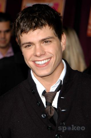 Matthew's beautiful shinny brown eyes. :)