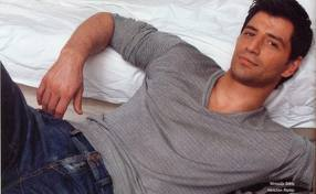 Sakis gorgeous in gray