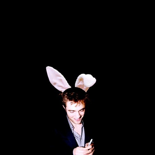 here is a belated Easter pic of my honey bunny that I just happened to find on Google.I find it cute and funny<3