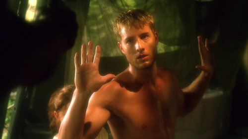 "Oliver putting his hands up in order to protect Tess (flashback scene from ""Toxic"")"