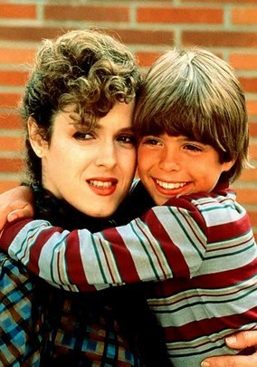 Little Matthew Lawrence with Bernadette Peters. :)