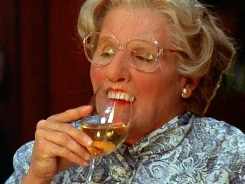 Robin Williams as Mrs.Doubtfire lol