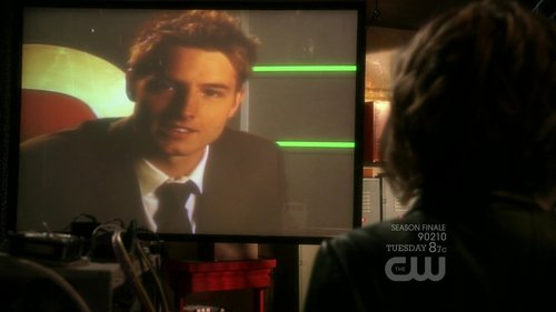 "Oliver and Chloe video-chatting (from ""Salvation"") <333"