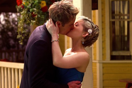 """Oliver and Chloe স্নেহ চুম্বন (from """"Finale"""") <333 (love them two)"""